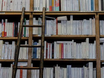 bookshop-1759619_1920